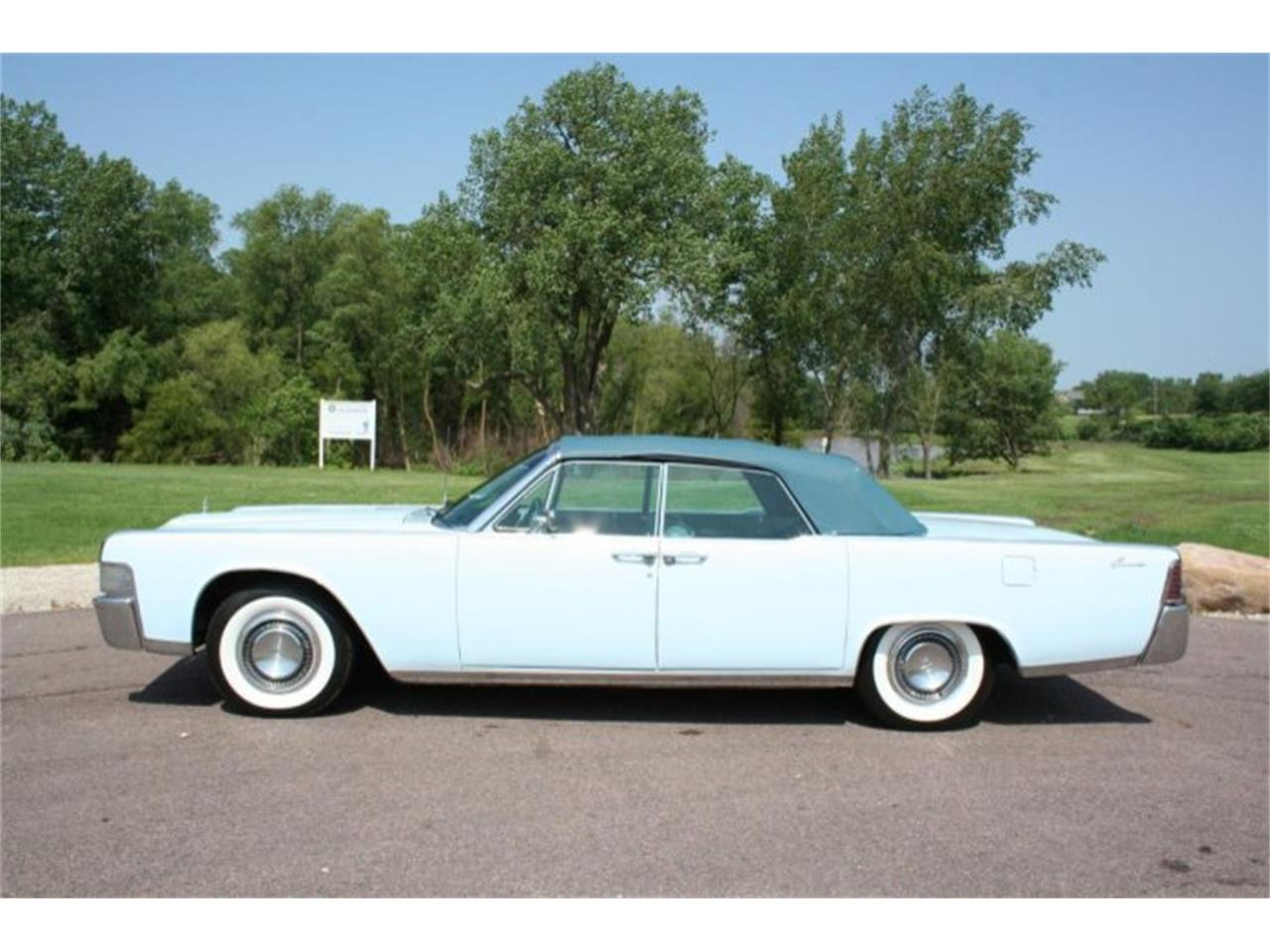 Large Picture of '65 Continental - PRH1