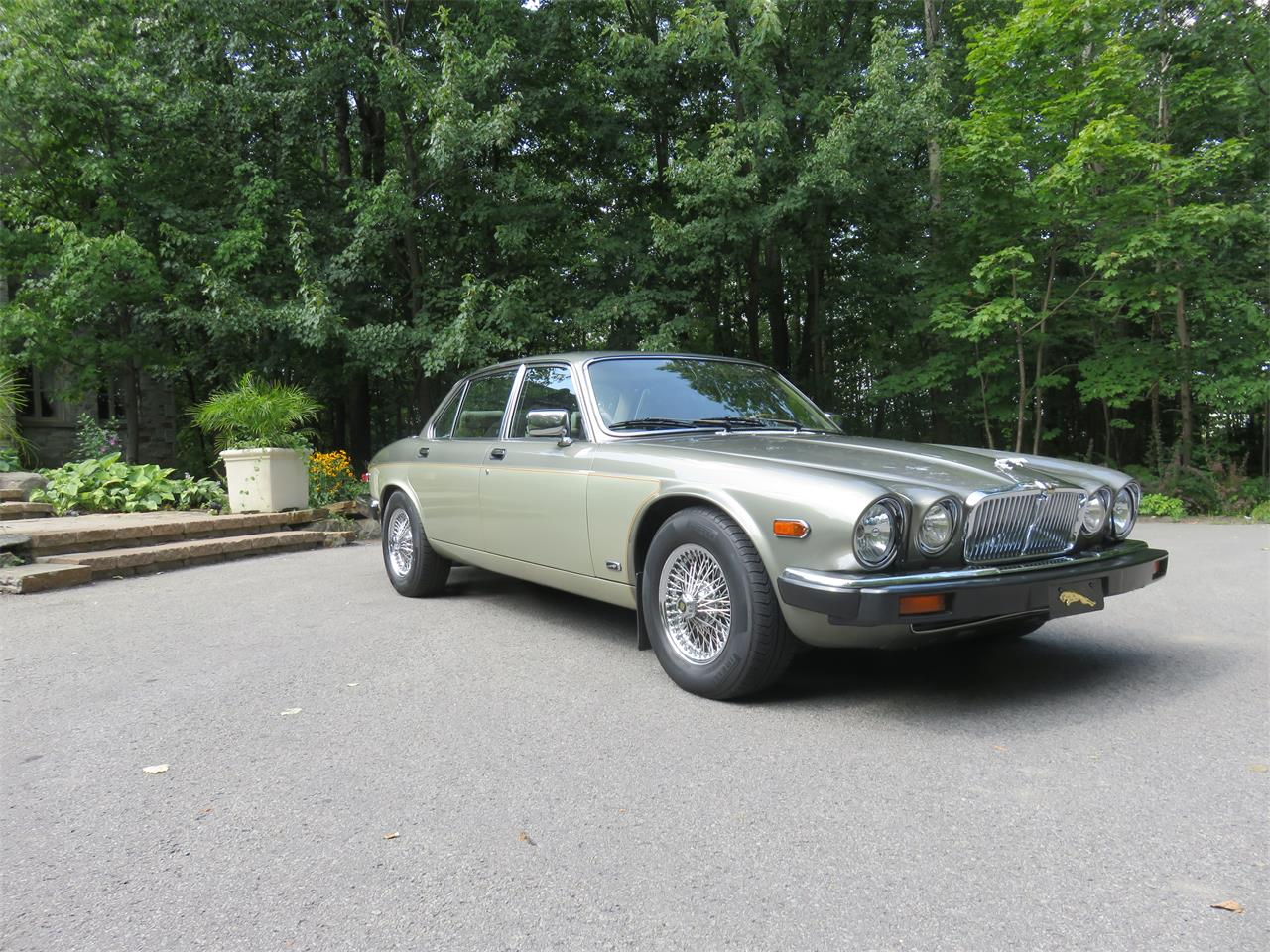 Large Picture of '87 XJ12 - PRHD