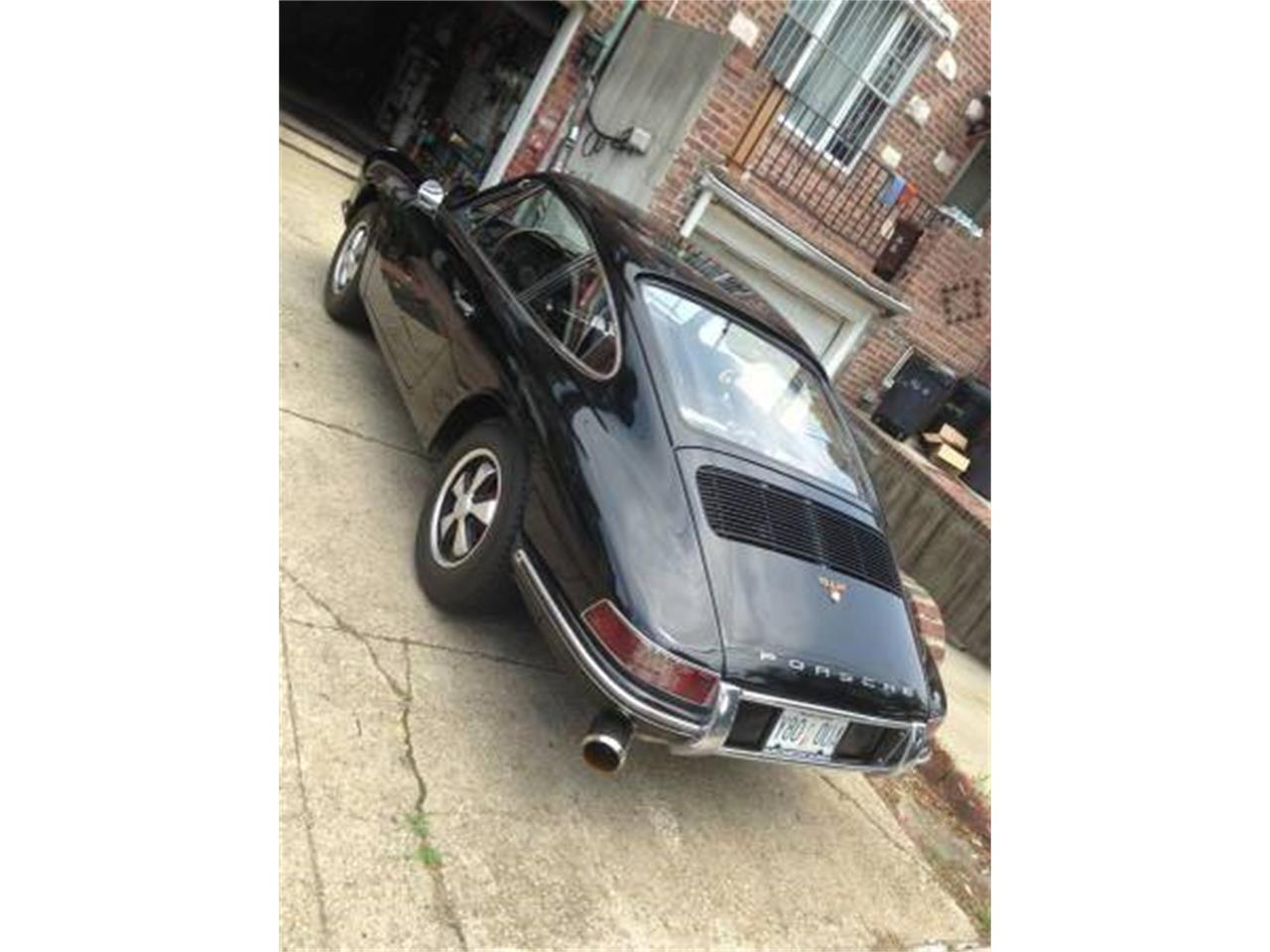 Large Picture of Classic '67 Porsche 911 located in New York - PRKT