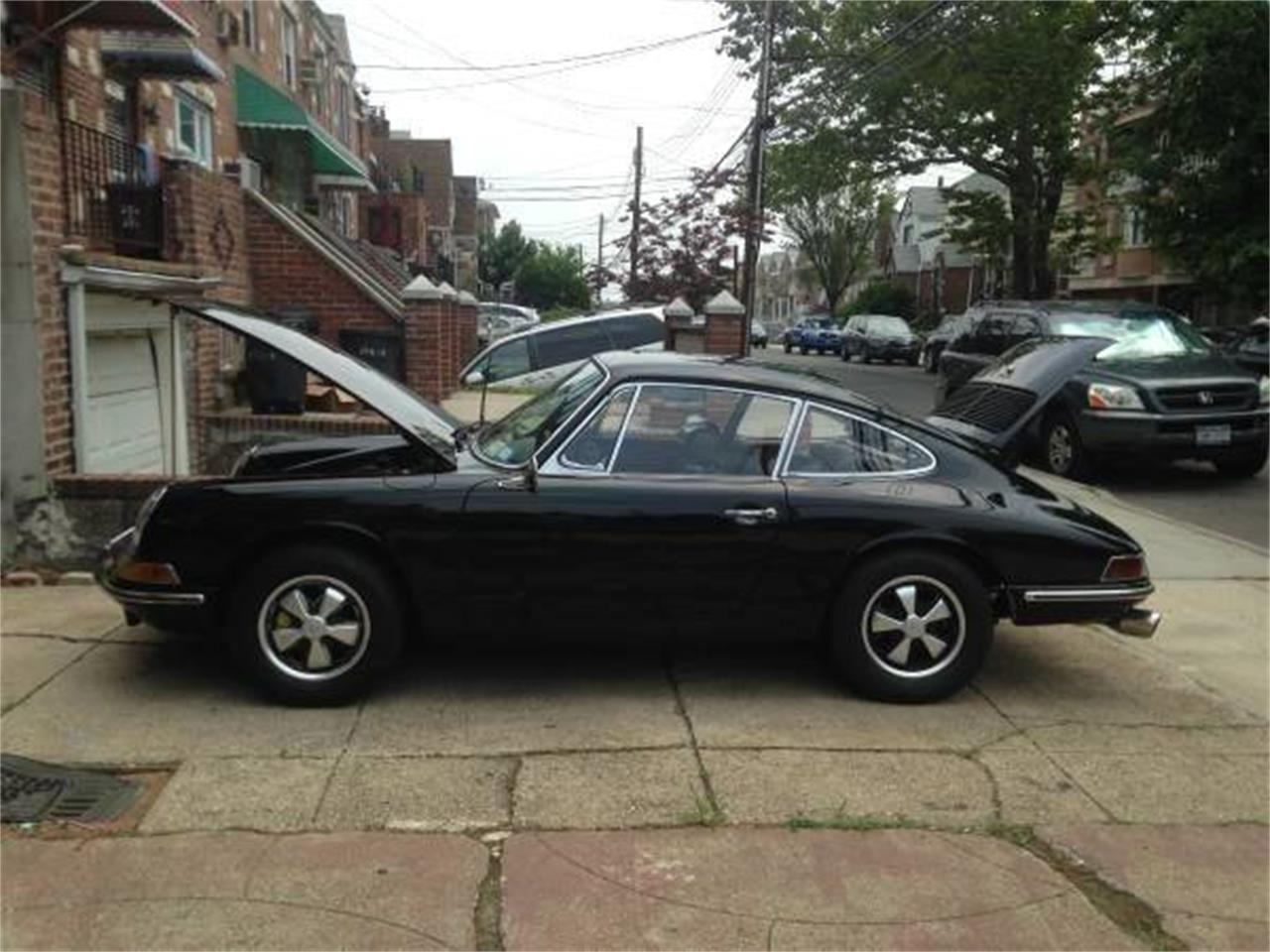 Large Picture of '67 Porsche 911 located in New York - $62,000.00 Offered by DP9 Motorsports - PRKT