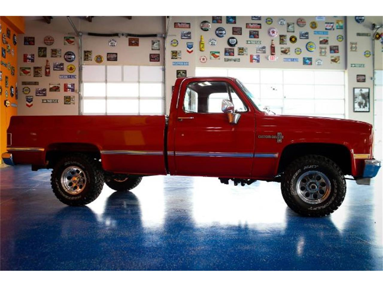 Large Picture of '86 Chevrolet Custom located in Michigan - $21,895.00 Offered by Classic Car Deals - PRQ0