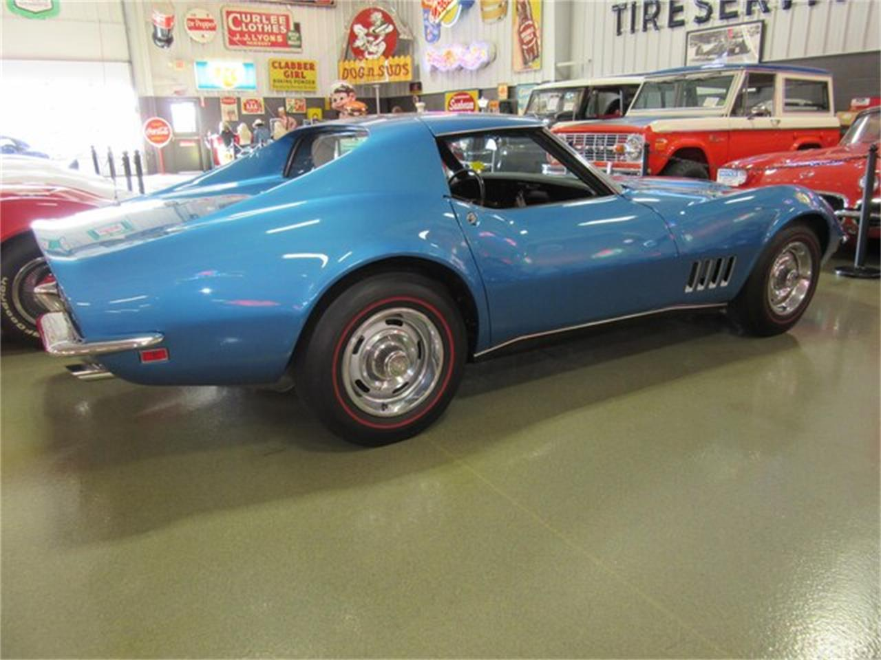 Large Picture of '68 Corvette - PRQT