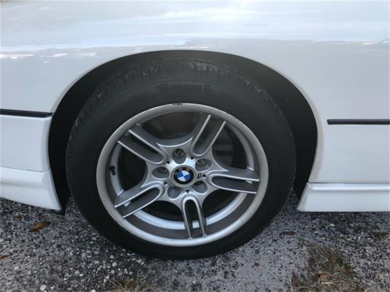 Large Picture of '93 BMW 8 Series located in Holly Hill Florida - PRUD