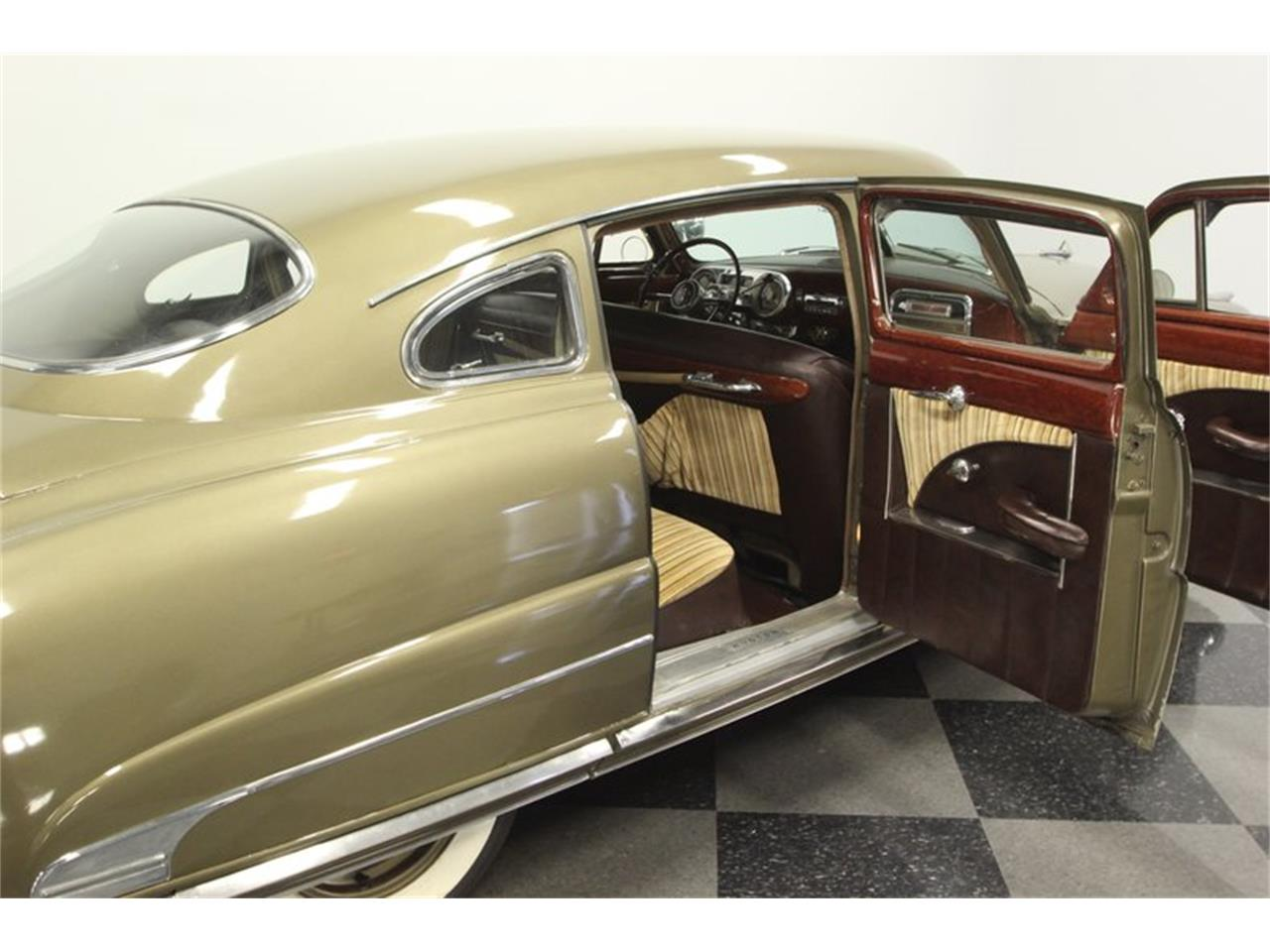Large Picture of Classic 1951 Hornet - PRXG