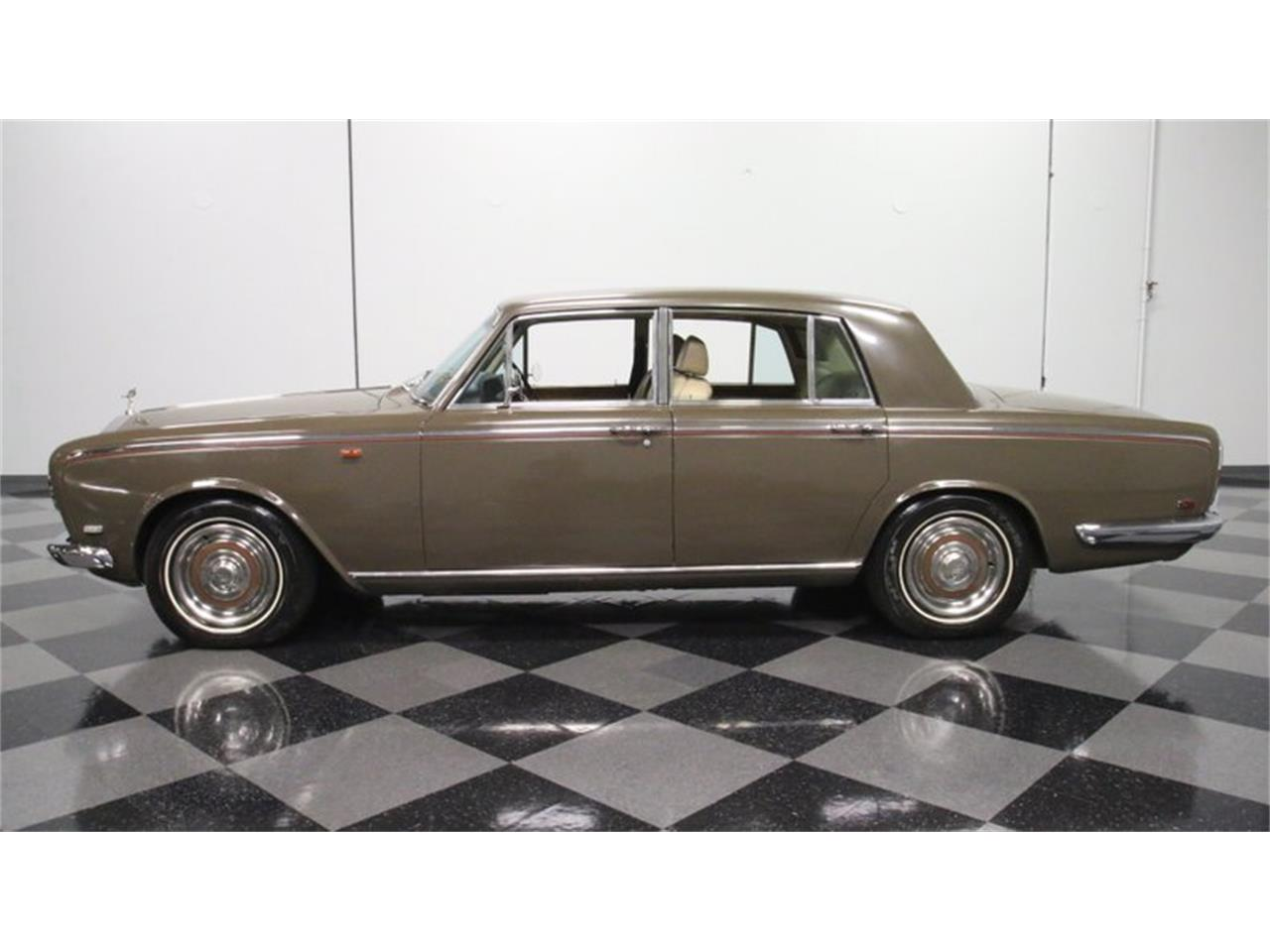 Large Picture of '69 Silver Shadow - PS4A