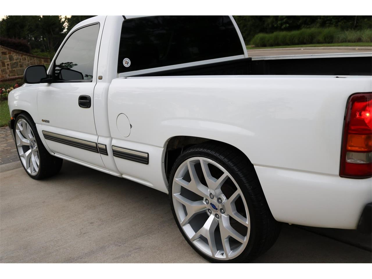 Large Picture of '00 Silverado - PS94