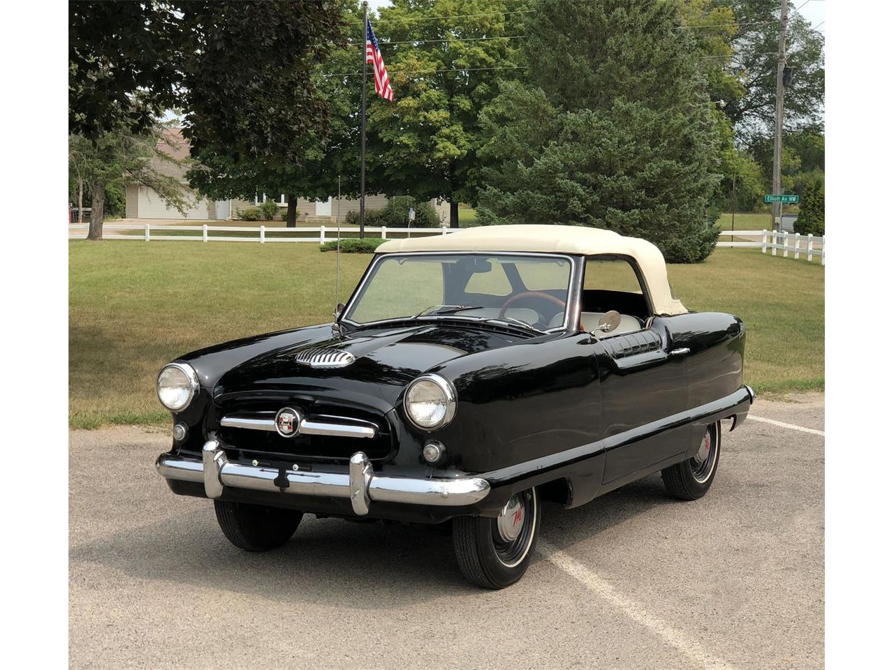 Large Picture of Classic '56 Nash Metropolitan located in Minnesota - PQ5T