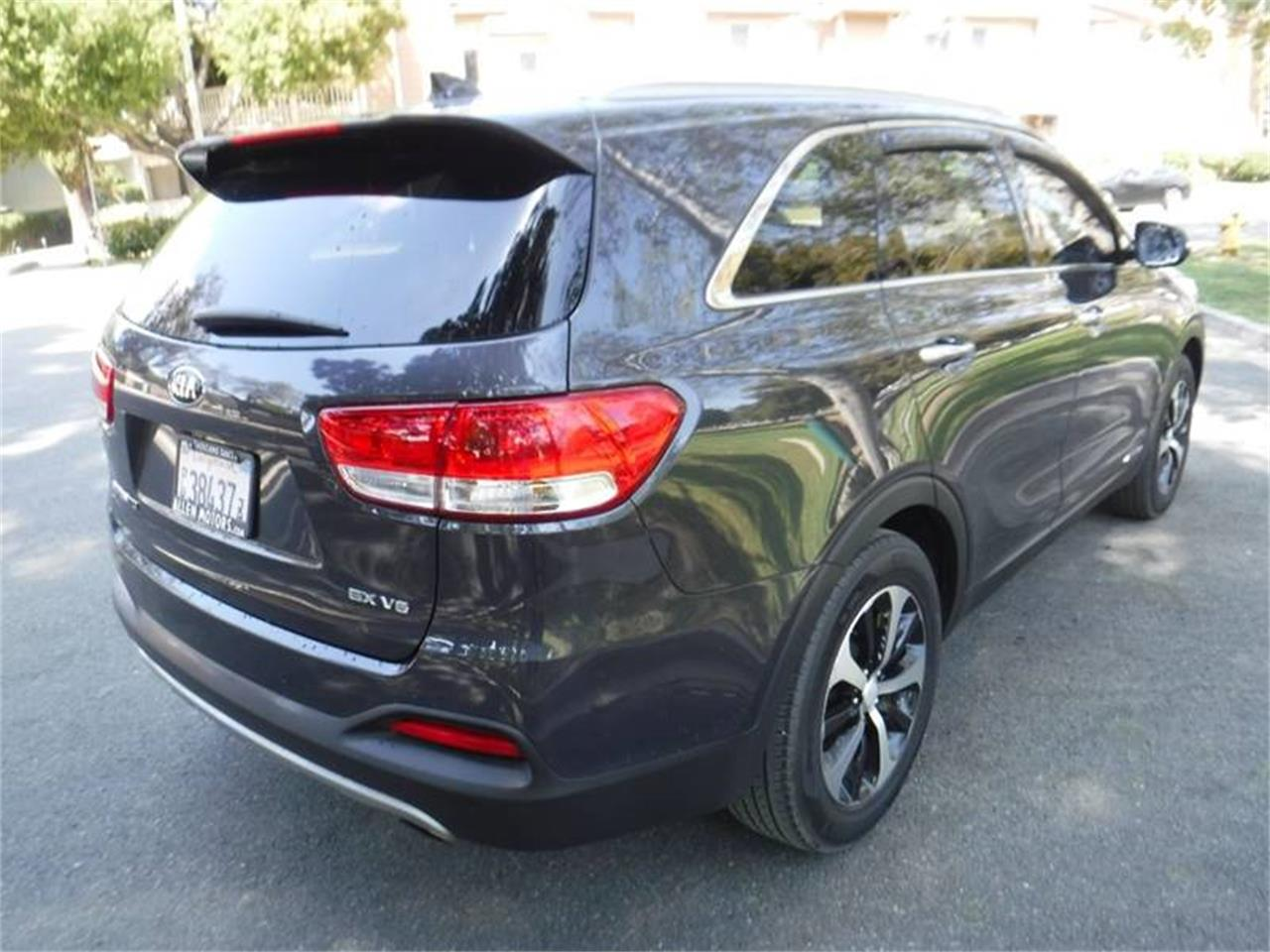 Large Picture of '16 Sorento located in Thousand Oaks California - $20,995.00 Offered by Allen Motors, Inc. - PSCI
