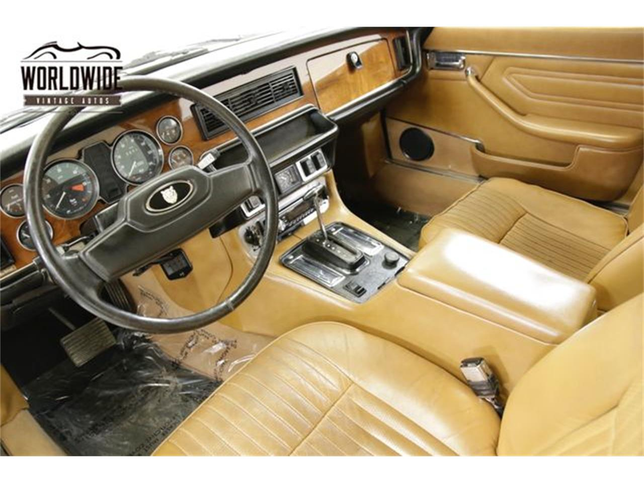 Large Picture of 1976 Jaguar XJ6 located in Denver  Colorado Offered by Worldwide Vintage Autos - PSG5