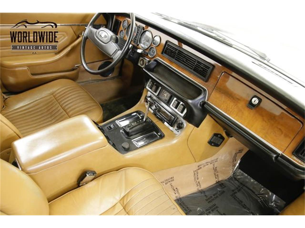 Large Picture of '76 XJ6 located in Colorado Offered by Worldwide Vintage Autos - PSG5