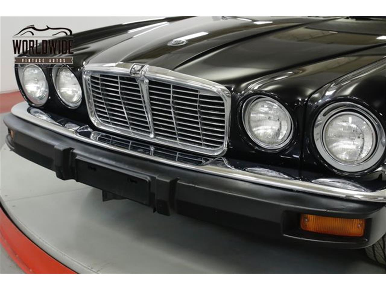 Large Picture of 1976 XJ6 located in Denver  Colorado Offered by Worldwide Vintage Autos - PSG5