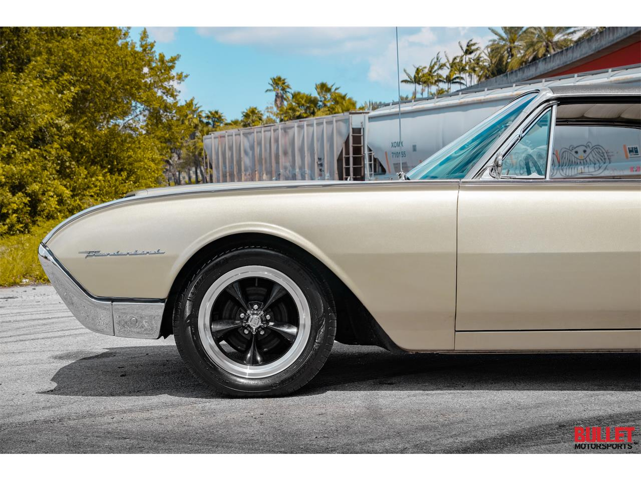 Large Picture of Classic 1962 Thunderbird located in Florida - PSKN