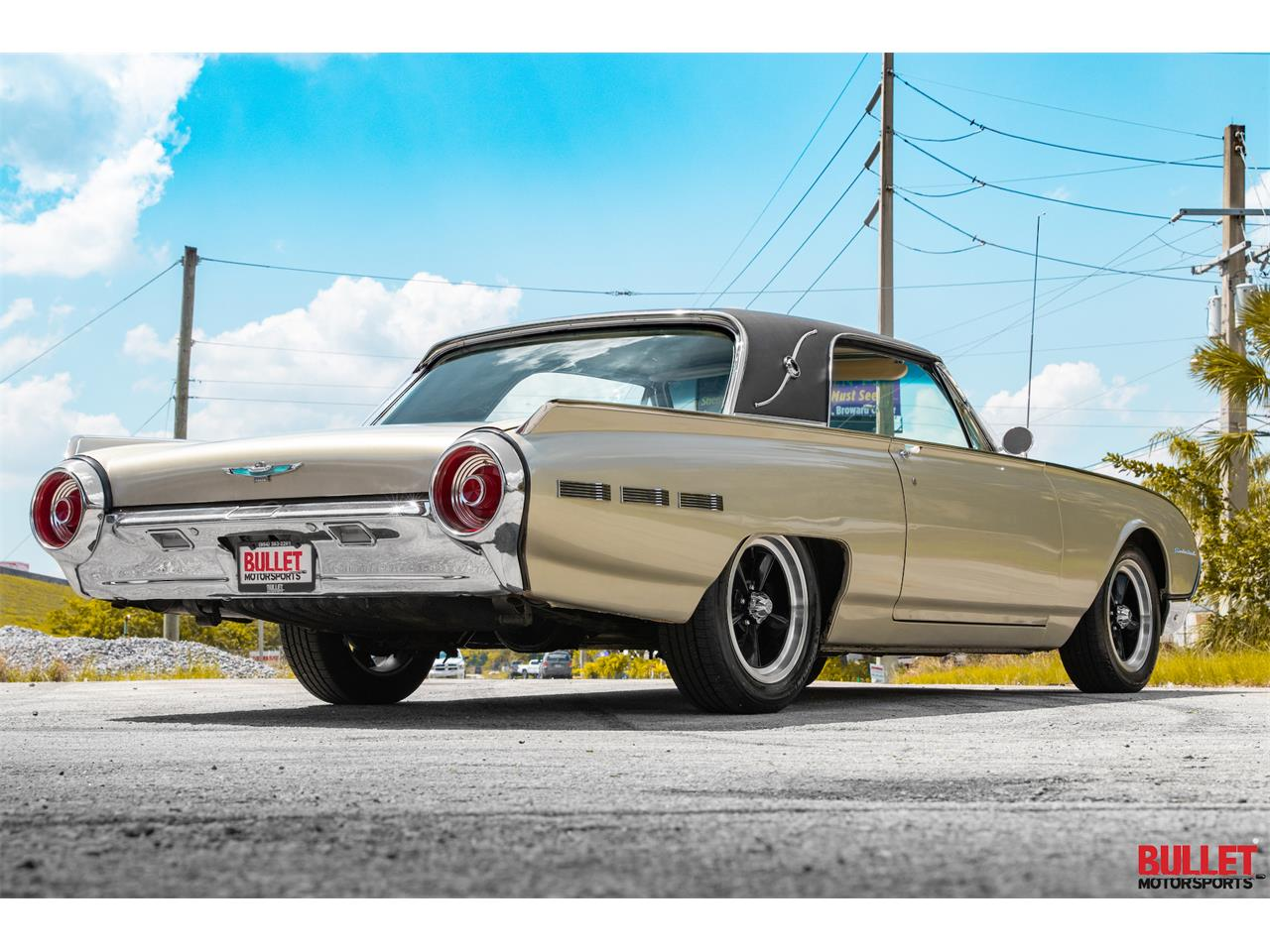 Large Picture of Classic 1962 Ford Thunderbird - $18,450.00 Offered by Bullet Motorsports Inc - PSKN