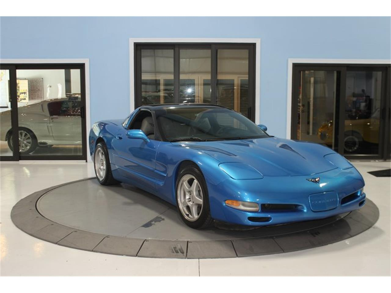Large Picture of '97 Chevrolet Corvette located in Palmetto Florida Offered by Skyway Classics - PSRK