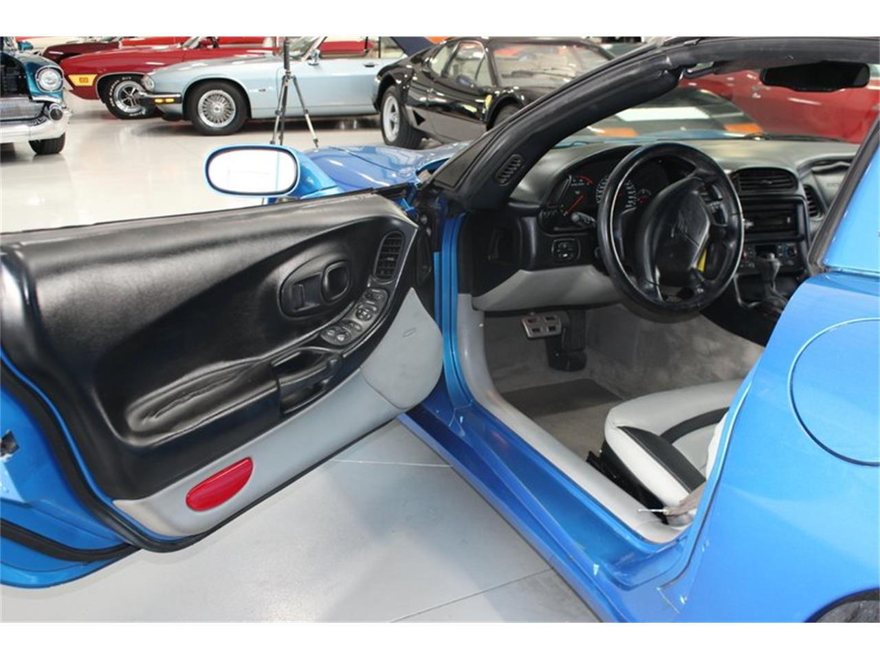 Large Picture of '97 Corvette - $10,497.00 Offered by Skyway Classics - PSRK