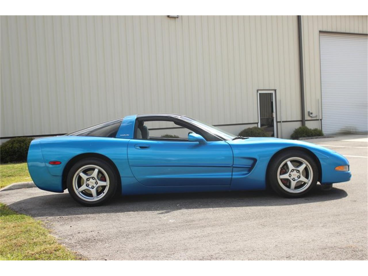 Large Picture of '97 Corvette located in Florida - $10,497.00 Offered by Skyway Classics - PSRK