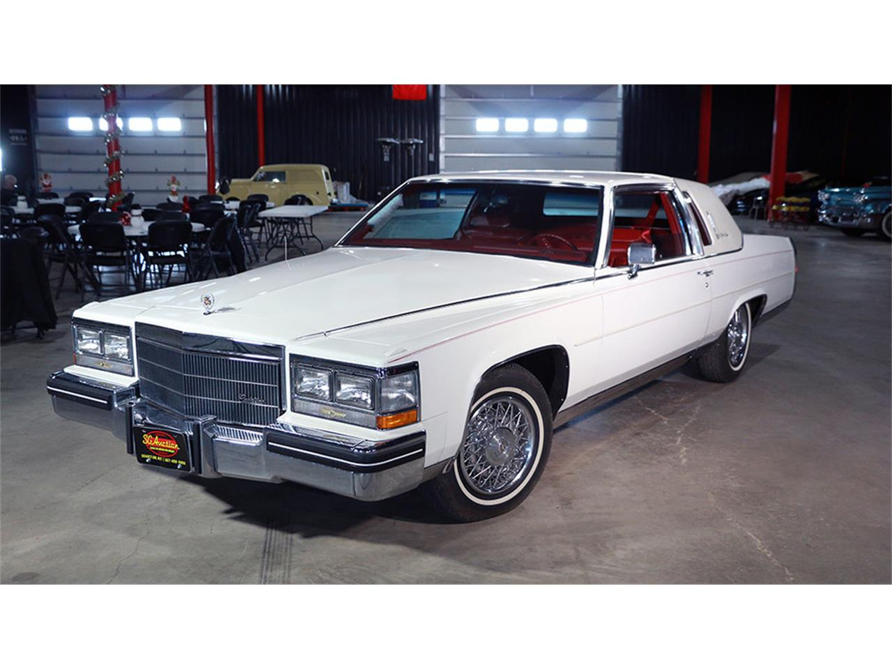 Large Picture of '85 Fleetwood Brougham - PSZ4