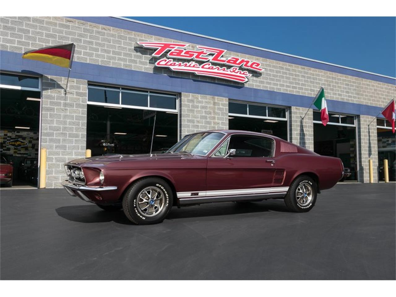 Large Picture of '67 Mustang GT - PT1Y