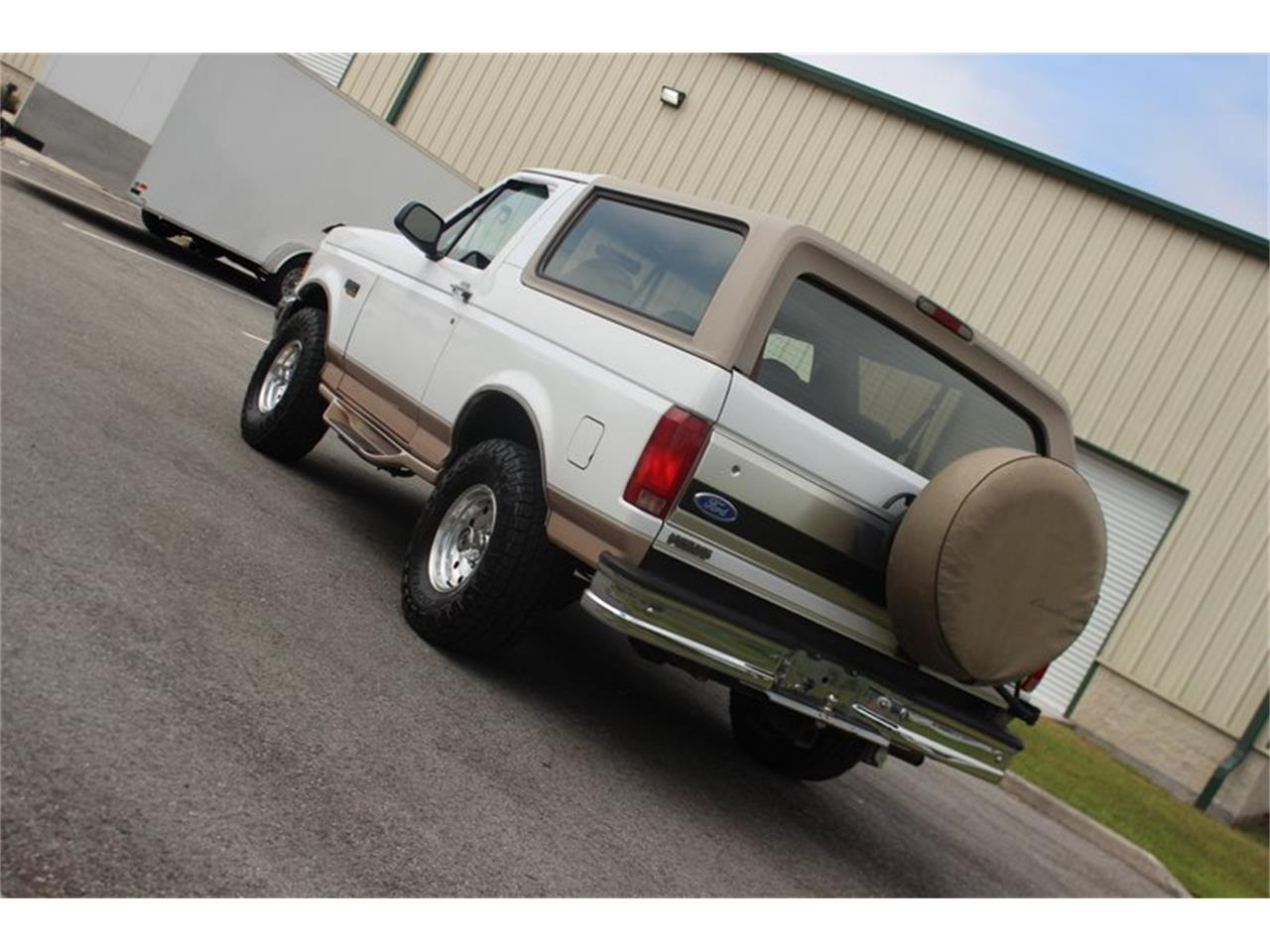 Large Picture of '96 Bronco - PT28
