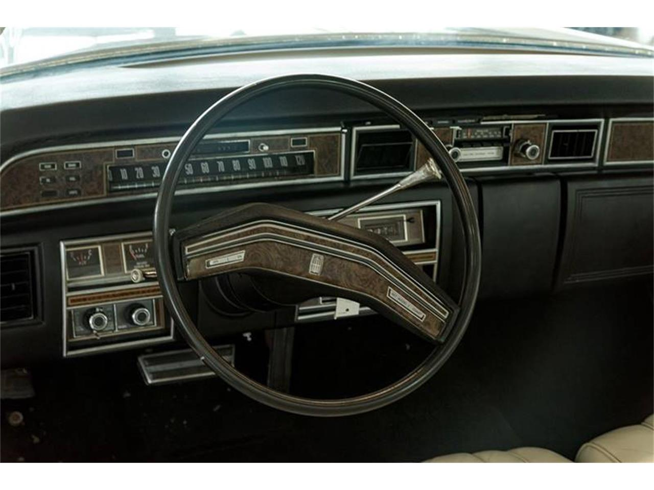 Large Picture of '76 Continental - PT3F
