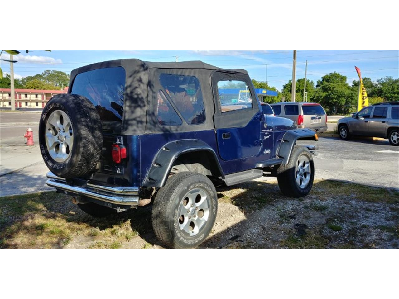 Large Picture of '00 Jeep Wrangler located in Florida - $9,250.00 - PT3J