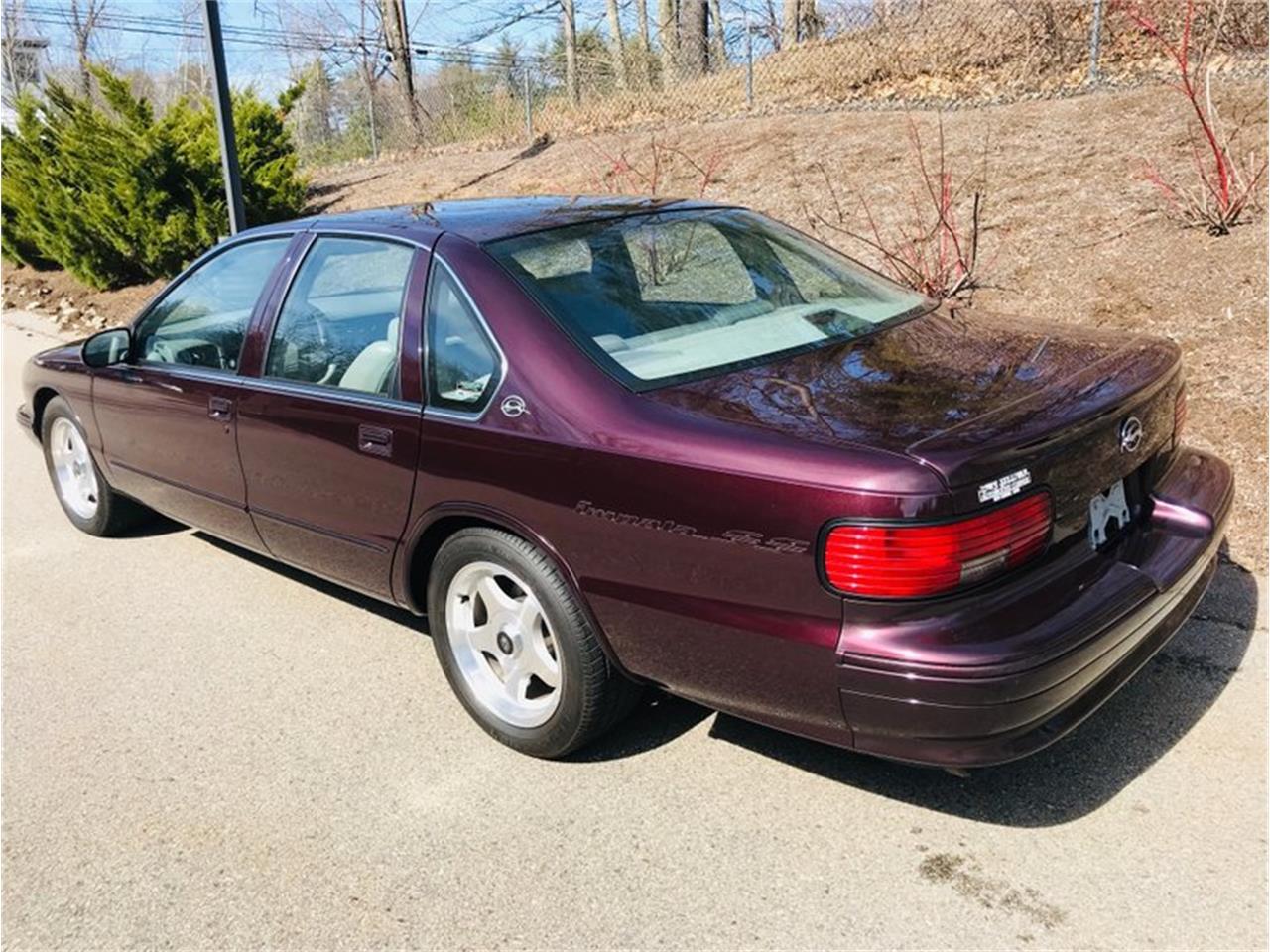 Large Picture of 1996 Chevrolet Impala - PT5K
