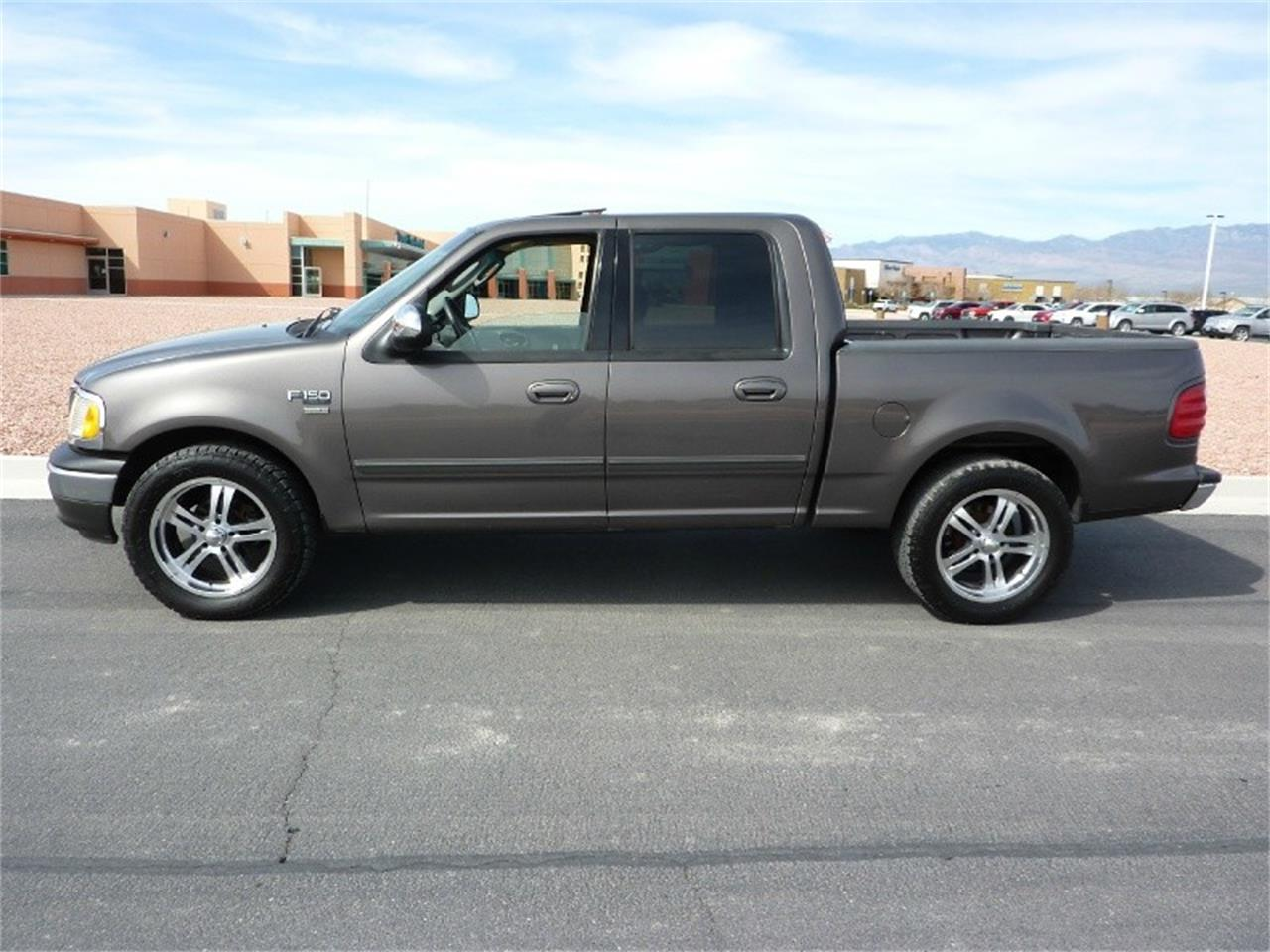 Large Picture of '02 Ford F150 located in Nevada - $5,999.00 Offered by WDC Global Exports - PT8J