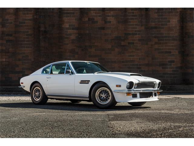Picture of '76 V-8 2-Dr Fastback Coupe - PTFI