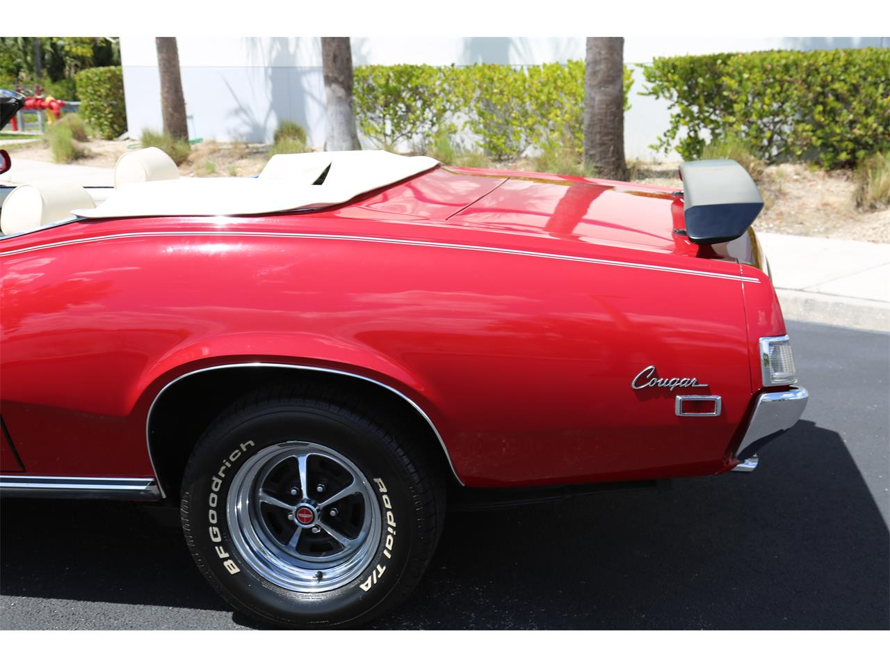 Large Picture of '69 Cougar - PTHI