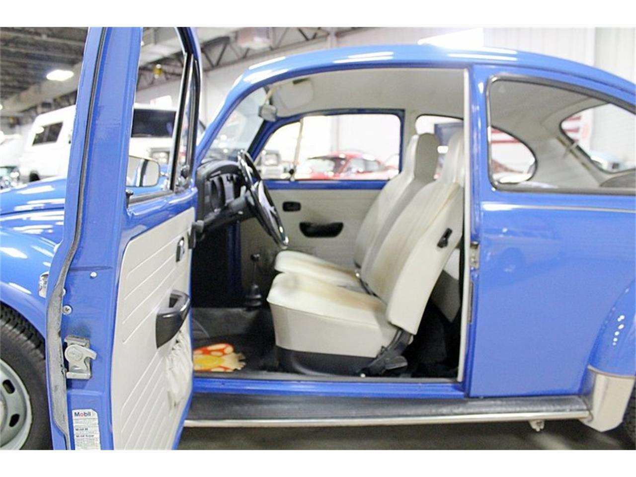 Large Picture of Classic 1972 Volkswagen Super Beetle located in Kentwood Michigan - $14,900.00 - PTI6