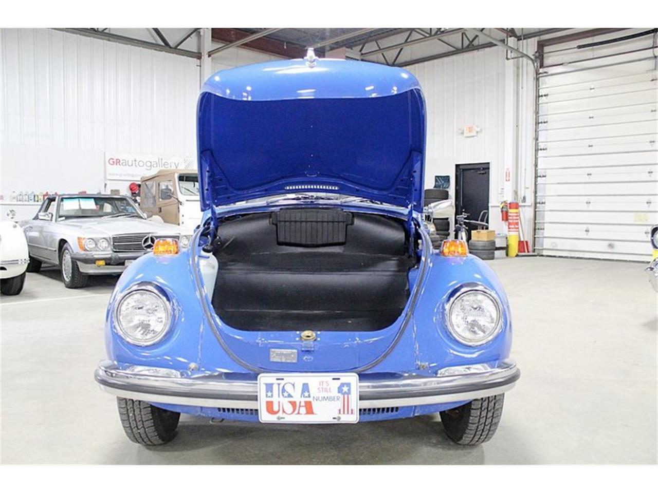 Large Picture of Classic '72 Volkswagen Super Beetle located in Kentwood Michigan - $14,900.00 - PTI6