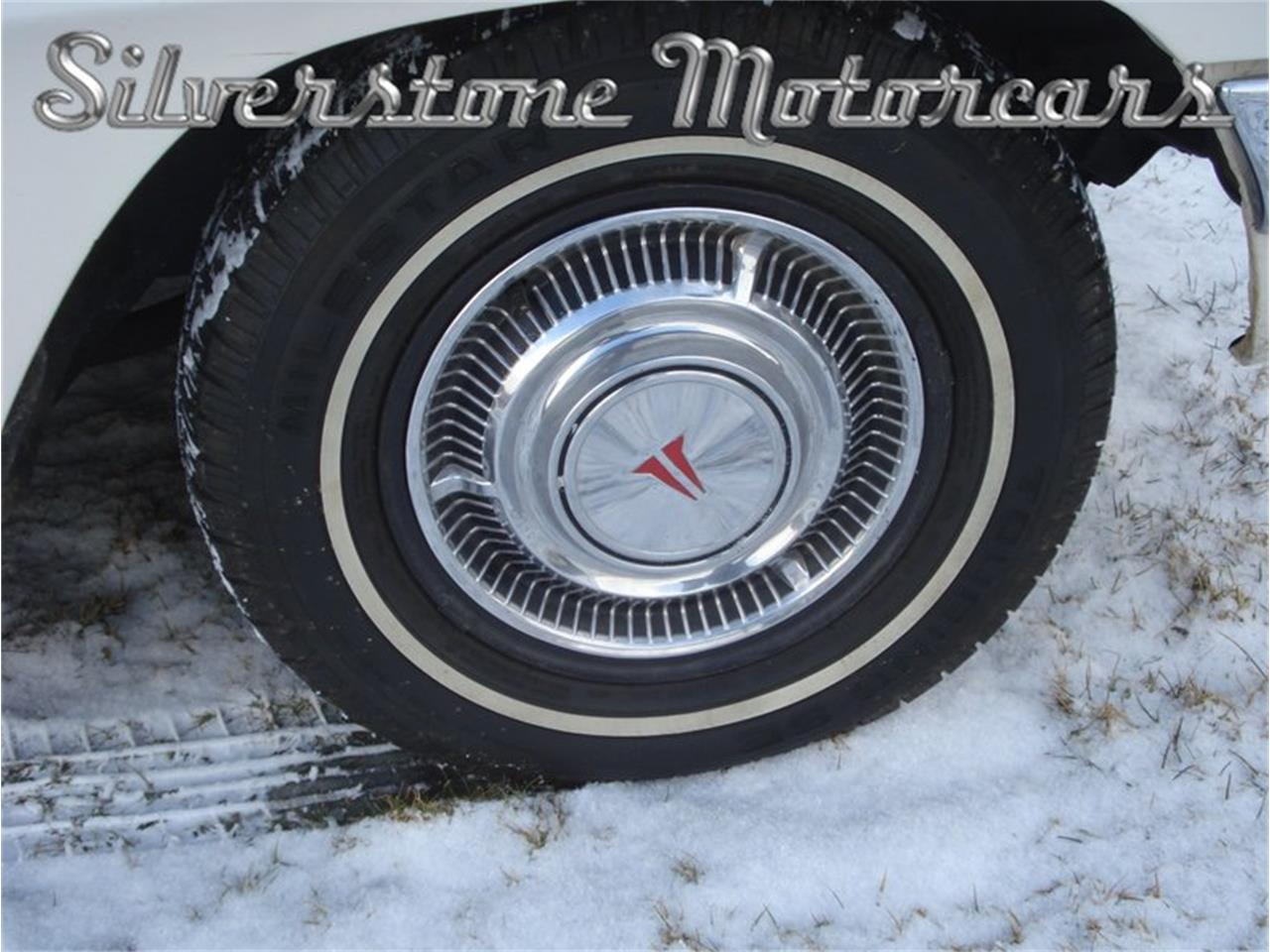 Large Picture of 1962 F85 located in North Andover Massachusetts Offered by Silverstone Motorcars - PTK0