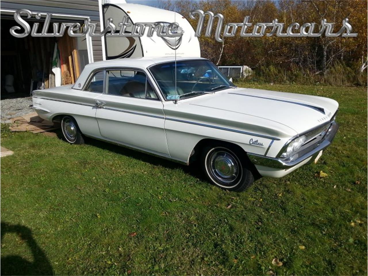 Large Picture of '62 Oldsmobile F85 Offered by Silverstone Motorcars - PTK0