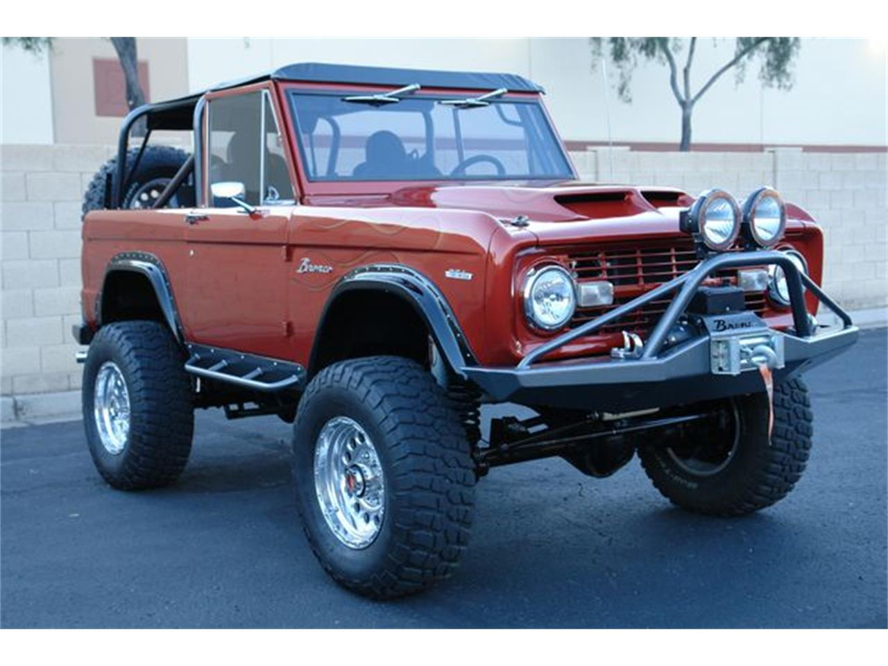 Large Picture of Classic '69 Ford Bronco located in Phoenix Arizona - PTUJ