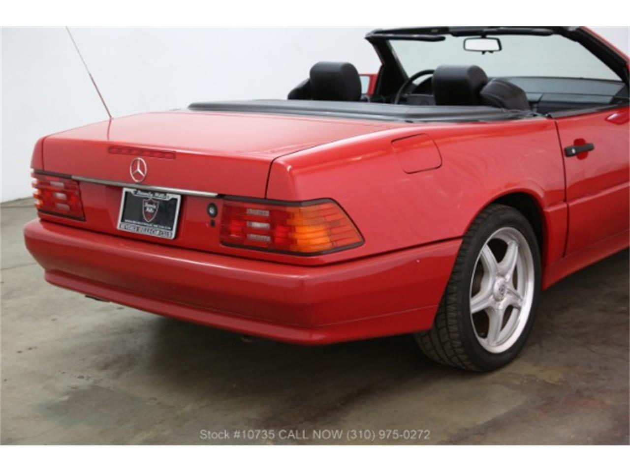 Large Picture of 1992 Mercedes-Benz 300SL located in California - PTWZ