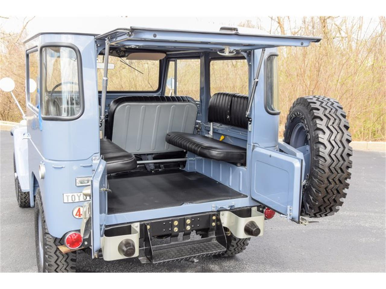 Large Picture of 1968 Toyota Land Cruiser FJ Offered by Earlywine Auctions - PTZA