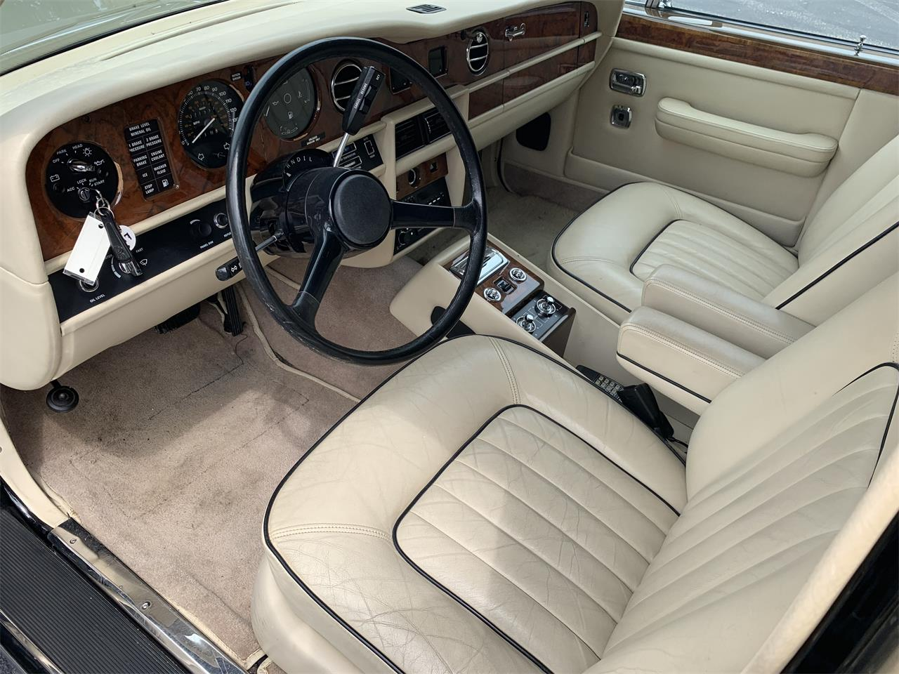 Large Picture of '87 Rolls-Royce Silver Spur located in BOCA RATON Florida - $65,000.00 Offered by European Autobody, Inc. - PTZU