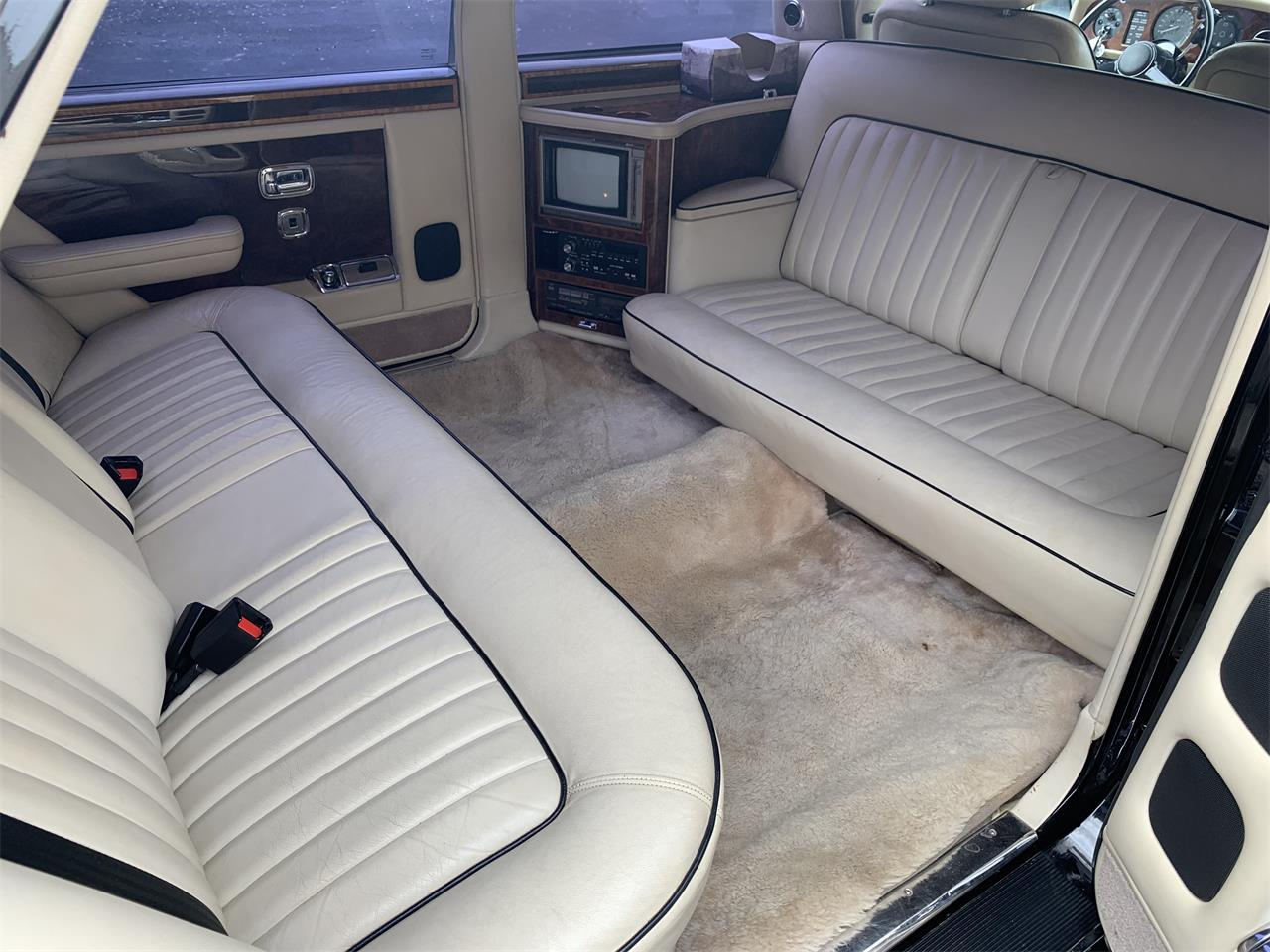 Large Picture of 1987 Rolls-Royce Silver Spur Offered by European Autobody, Inc. - PTZU