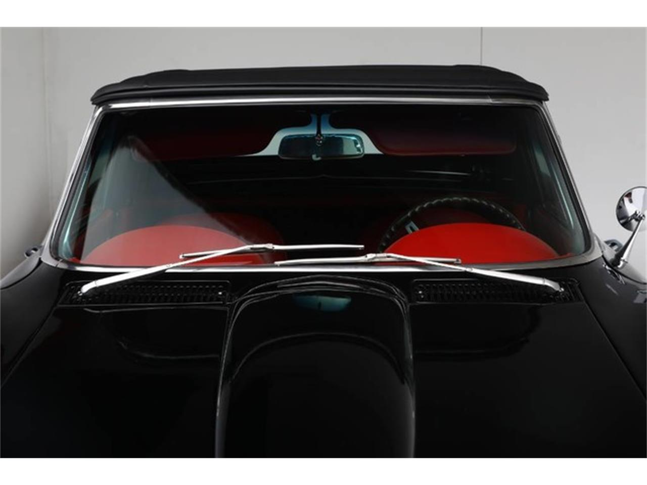 Large Picture of Classic 1967 Chevrolet Corvette Auction Vehicle Offered by Prestige Motor Car Co. - PU42