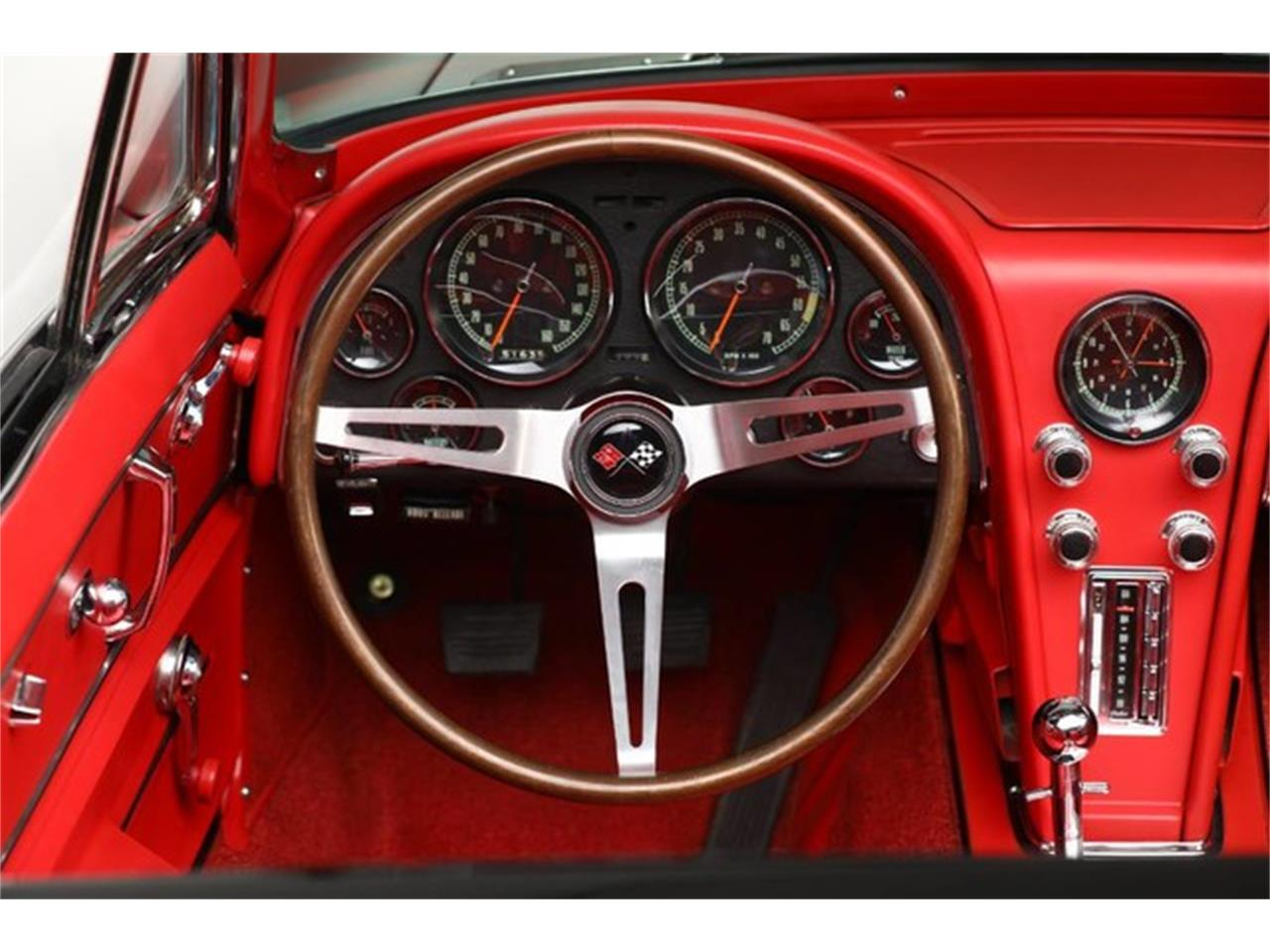 Large Picture of Classic 1967 Corvette located in Clifton Park New York - PU42