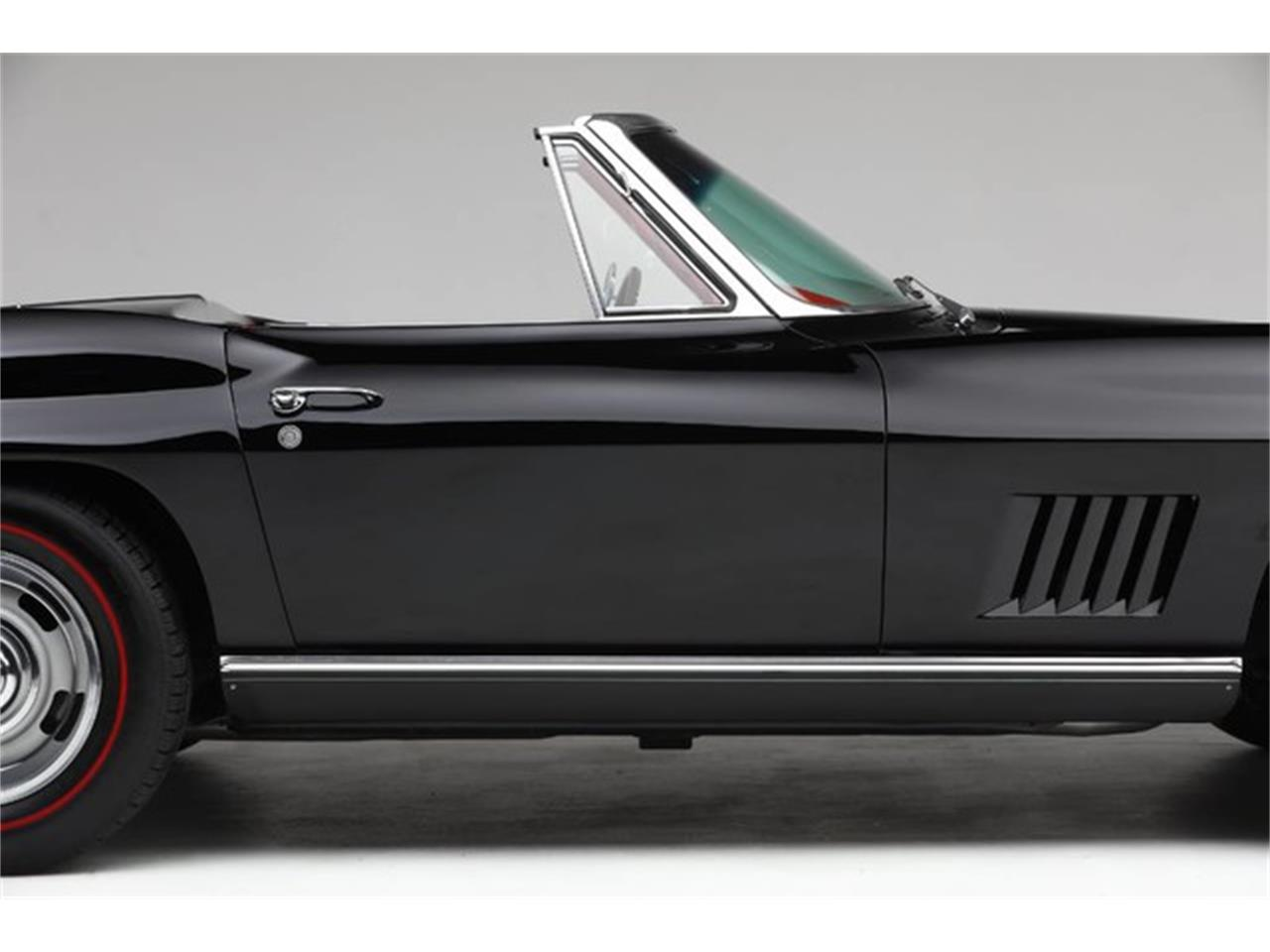 Large Picture of Classic '67 Corvette Auction Vehicle Offered by Prestige Motor Car Co. - PU42