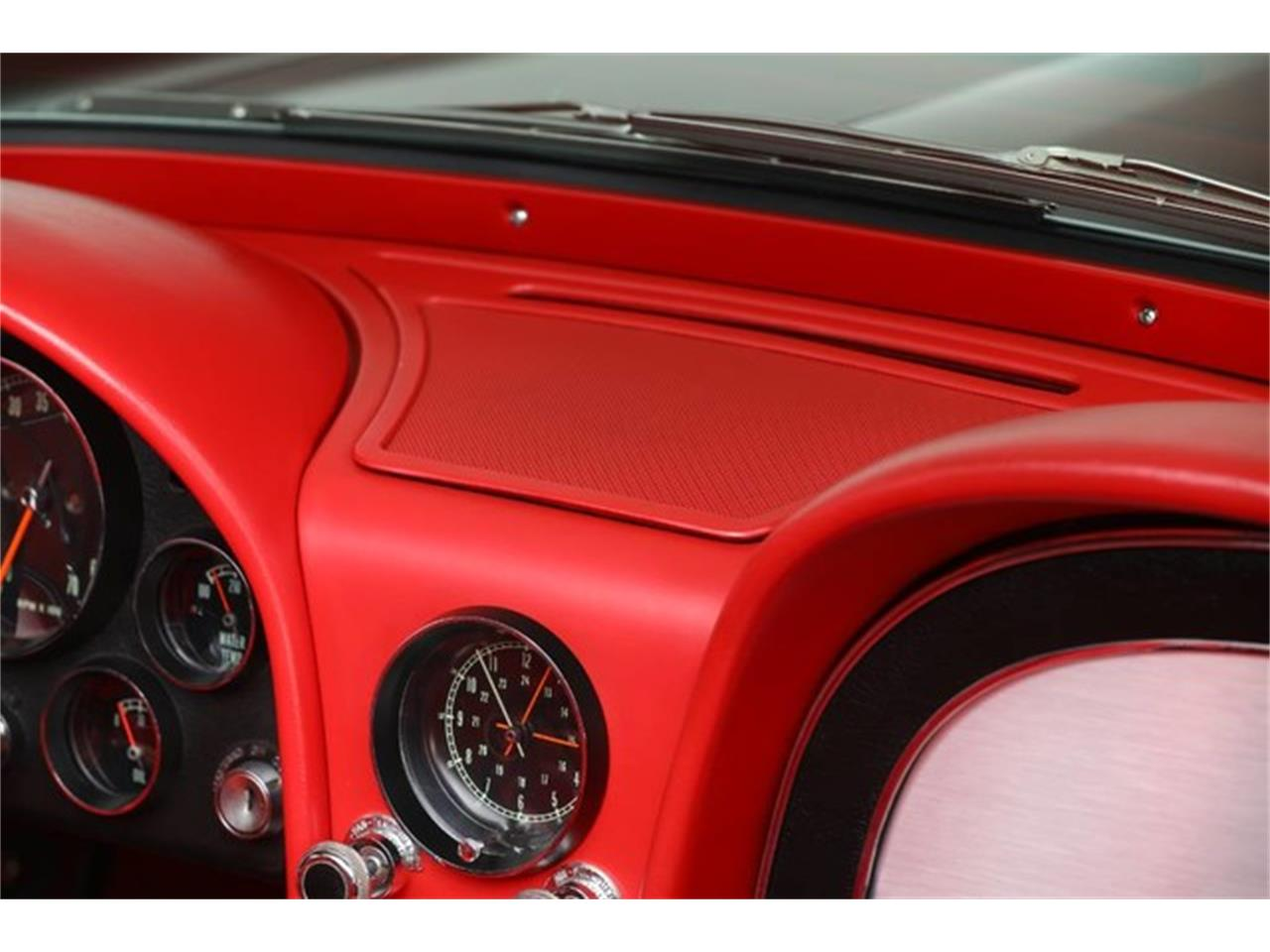 Large Picture of Classic 1967 Corvette Offered by Prestige Motor Car Co. - PU42