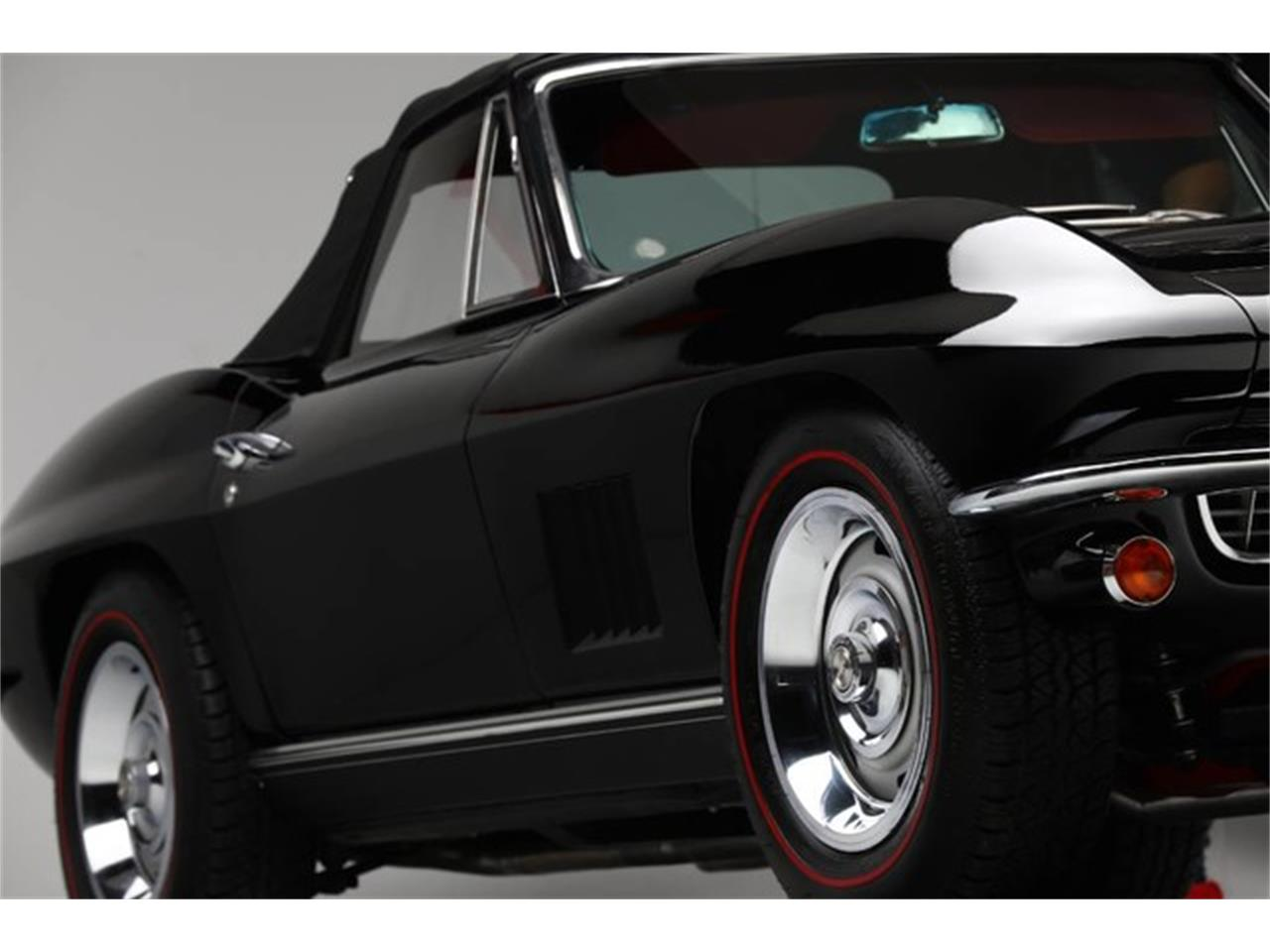 Large Picture of '67 Corvette Auction Vehicle Offered by Prestige Motor Car Co. - PU42