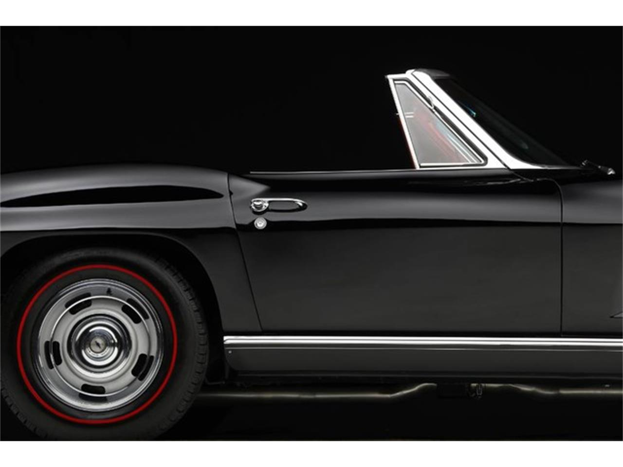 Large Picture of '67 Corvette located in Clifton Park New York Auction Vehicle - PU42
