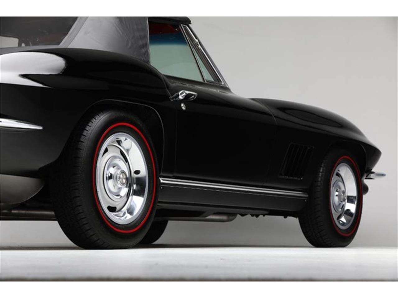 Large Picture of Classic 1967 Corvette located in New York Auction Vehicle - PU42