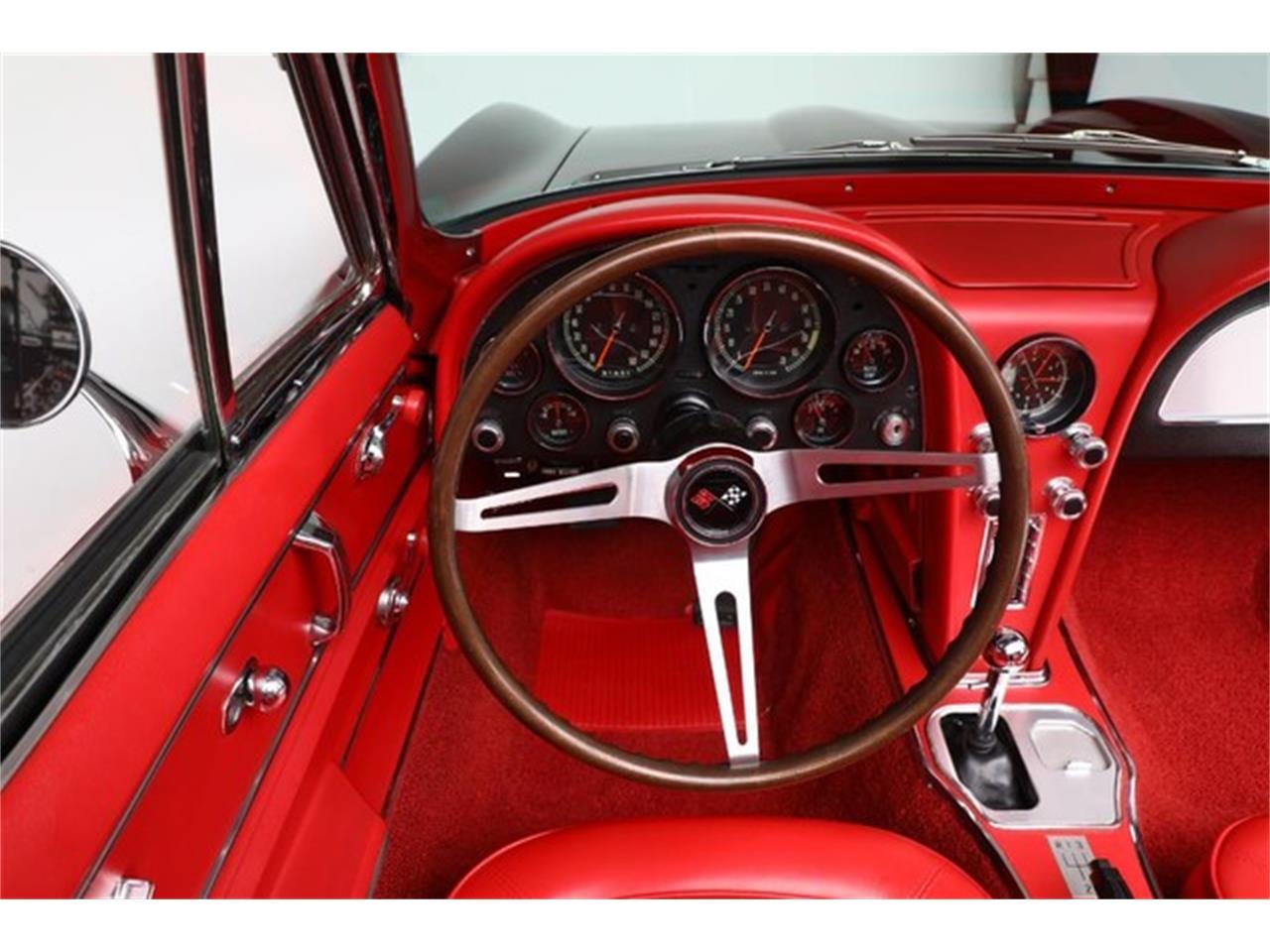 Large Picture of Classic 1967 Chevrolet Corvette - PU42