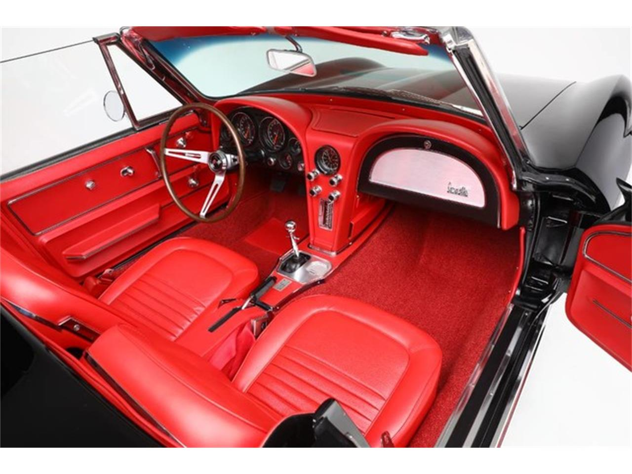 Large Picture of Classic 1967 Chevrolet Corvette located in Clifton Park New York Auction Vehicle Offered by Prestige Motor Car Co. - PU42