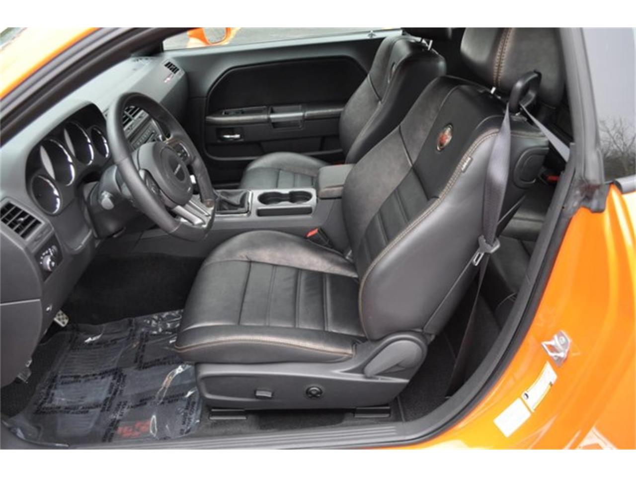Large Picture of 2014 Dodge Challenger located in New York - $27,999.00 Offered by Prestige Motor Car Co. - PU6D