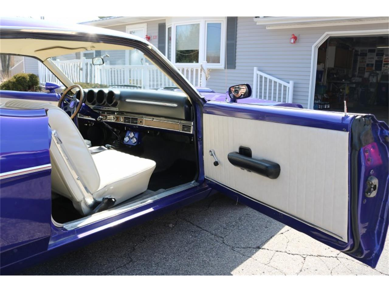 Large Picture of Classic '68 Ford Fairlane 500 located in Highland Michigan - PU7R
