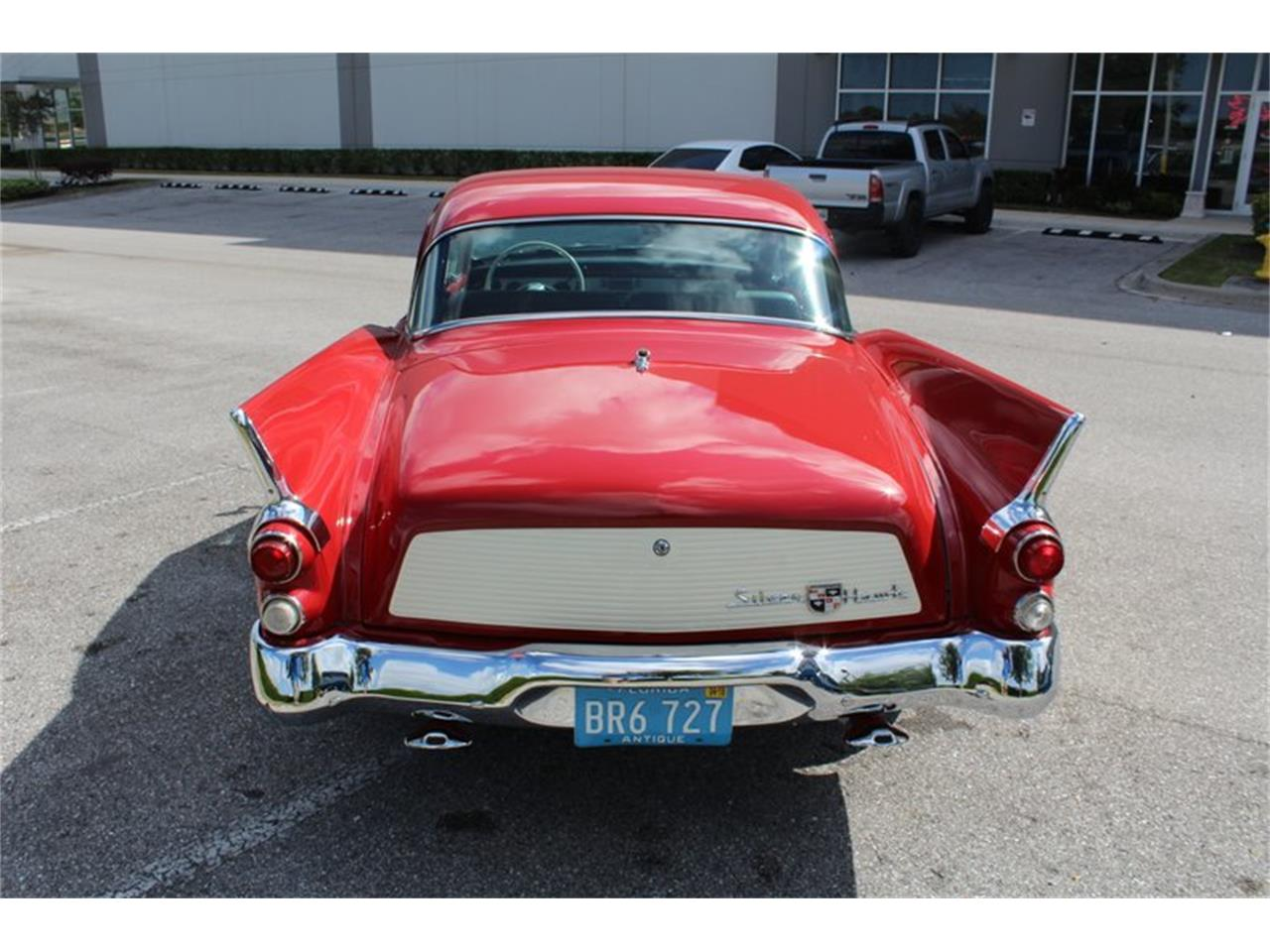 Large Picture of '58 Silver Hawk - PUAI